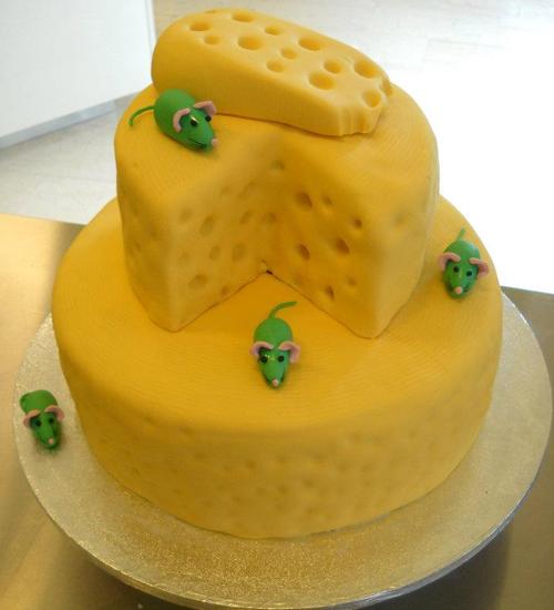Τούρτα με θέμα το τυρί και τα ποντικάκια by Κυβέλη.