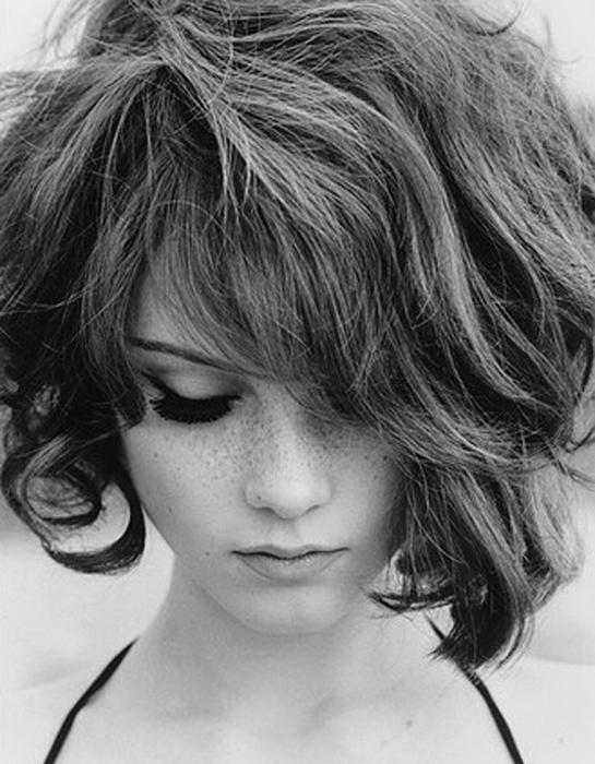 Καρέ degrade μαλλιά