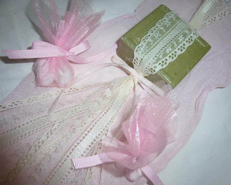 Μπομπονιέρα σαπουνάκι ελαιόλαδου Σάμου από τη νέα συλλογή 2015 by ABOUT SOAP.