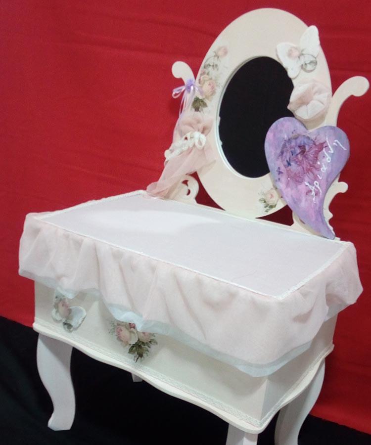 Ρομαντικό κουτί βάπτισης χειροπίητο με ντεκουπάζ