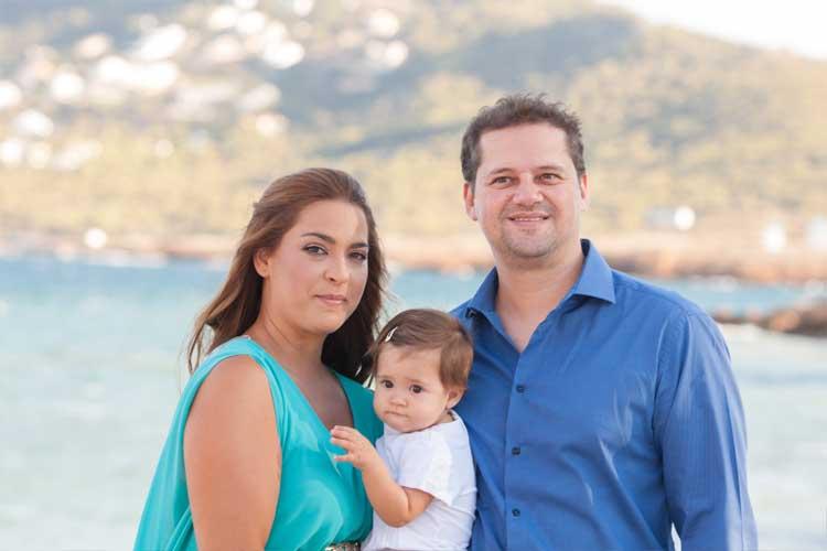Πρωινή βάπτιση σε νησί - Vaptisimag.gr - Παιδί   Βάπτιση-Iδεες ... 05b362dfbab