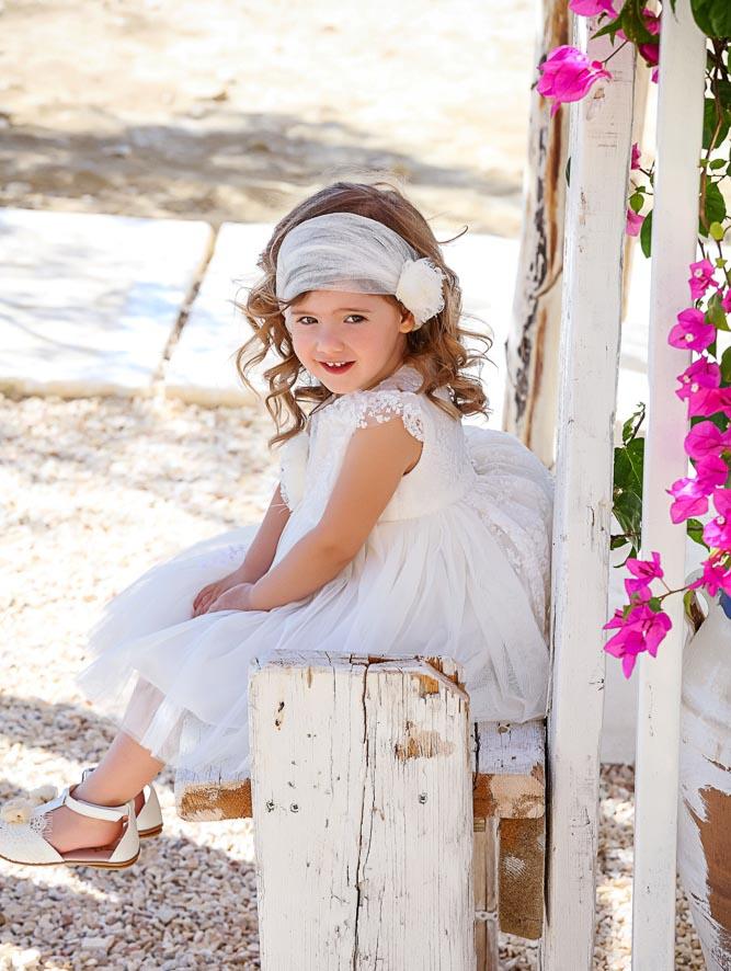 Καταπληκτικά φορέματα για βάπτιση σε λευκό και εκρού χρωματισμούς με  χειροποίητες λεπτεμέρειες. Βαπτιστικά φορέματα ασύμμετρα 91581111669